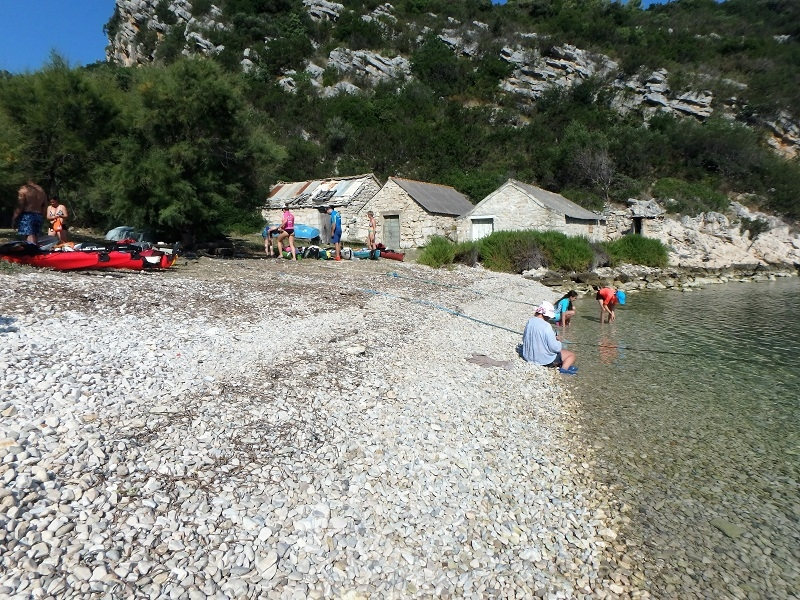 Tengeri kajak Horvátország Vis sziget
